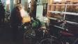 Cute old man with his cute bike basket *squeeee*